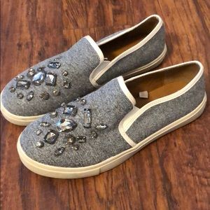 Mossimo bejeweled sneakers sz 9 like new gray